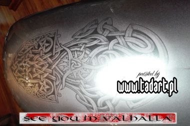airbrush,viking, runes